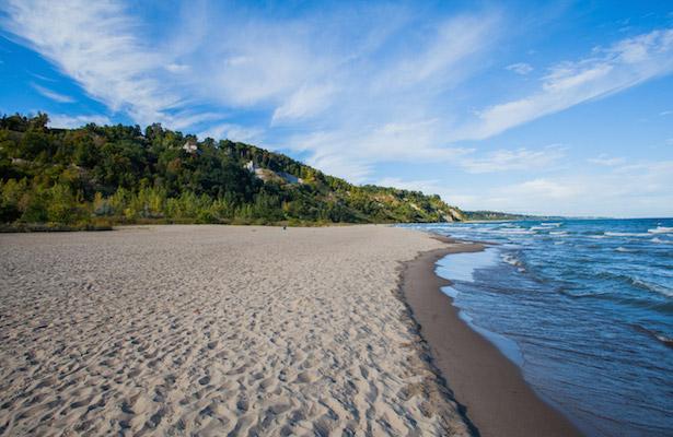 Scarborough Bluffs Beach Honda HRV