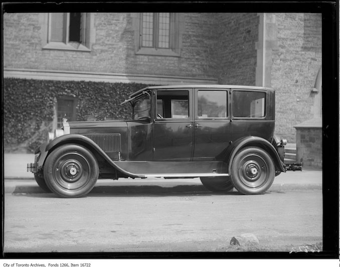 Vintage automobile photographs from toronto for Mclaughlin motors used cars