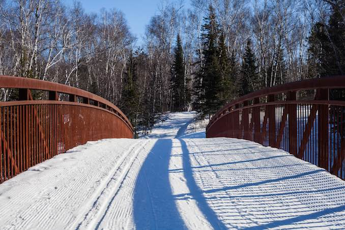 cross country skiing at world's best ice sksting