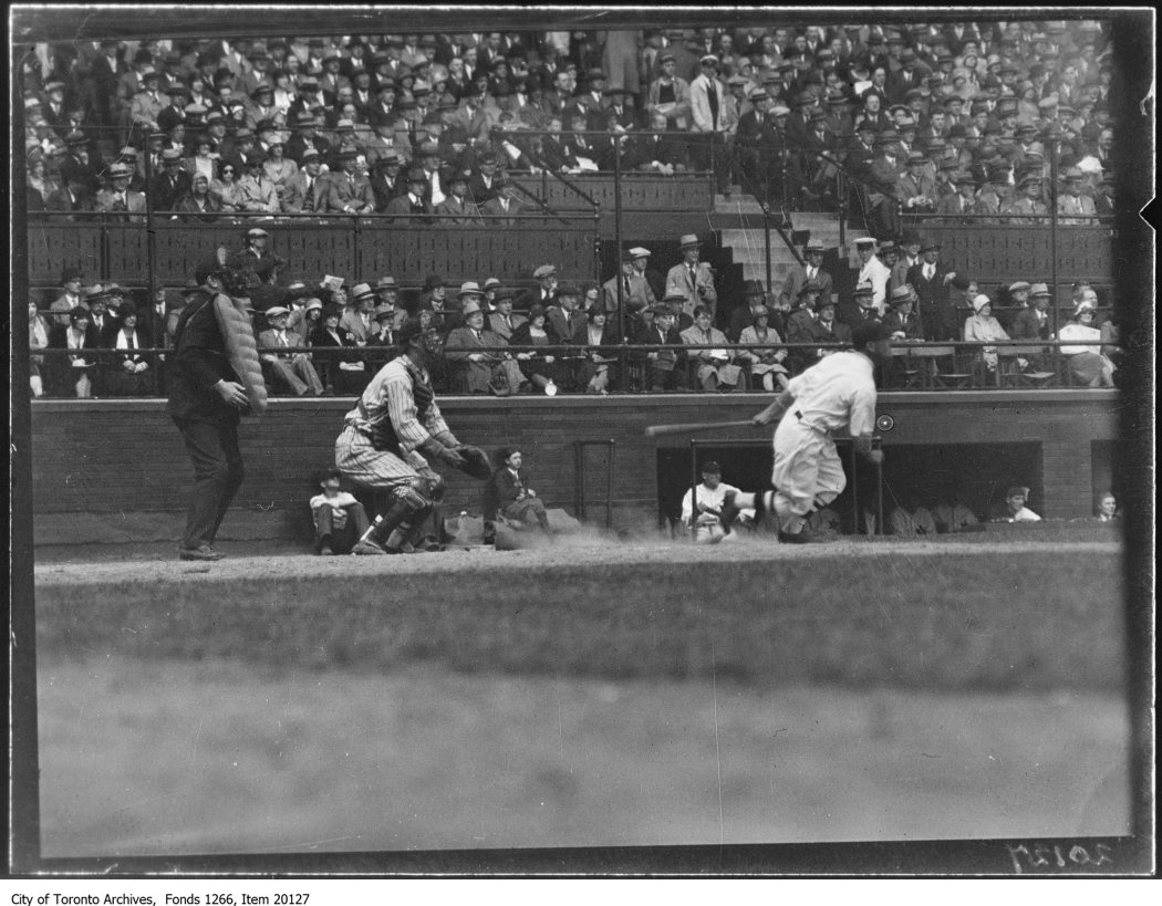Opening ball game, Toronto 1st hit. - May 6, 1930
