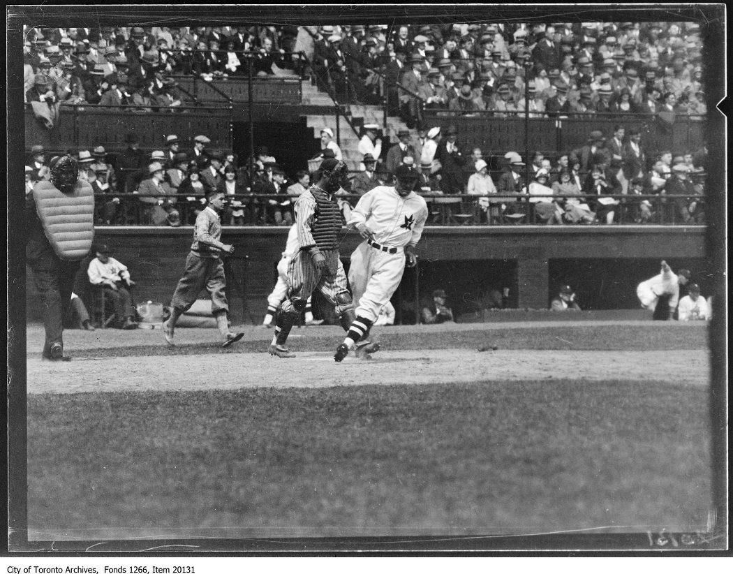 Opening ball game, Toronto 2nd run. - May 6, 1930