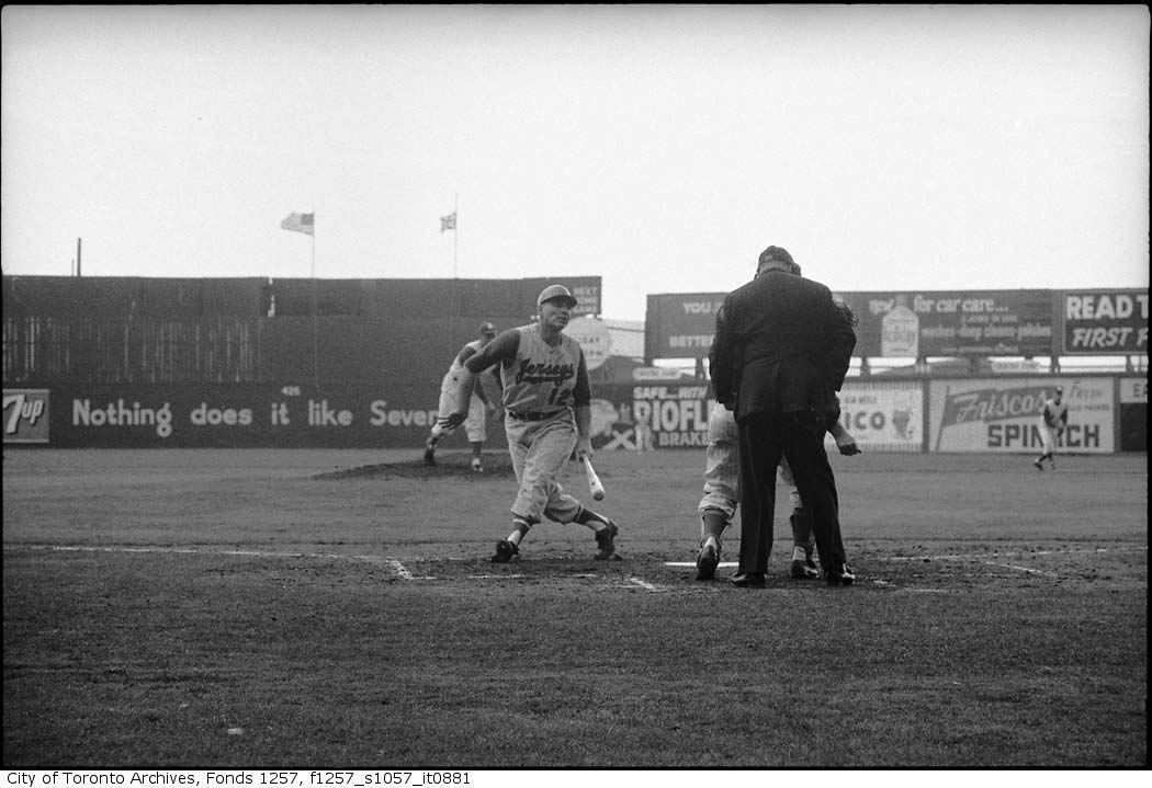 Toronto Maple Leafs (Baseball ) Season Opener may 3 1961 copy