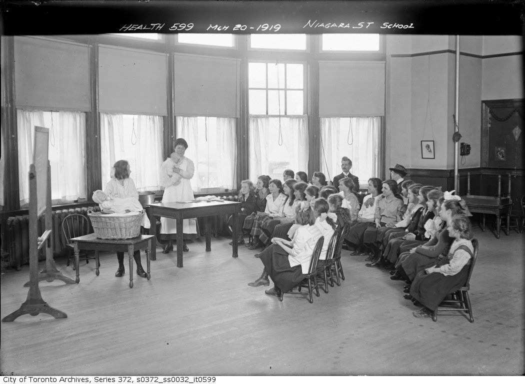 1919 - Junior Health League — Niagara Street School