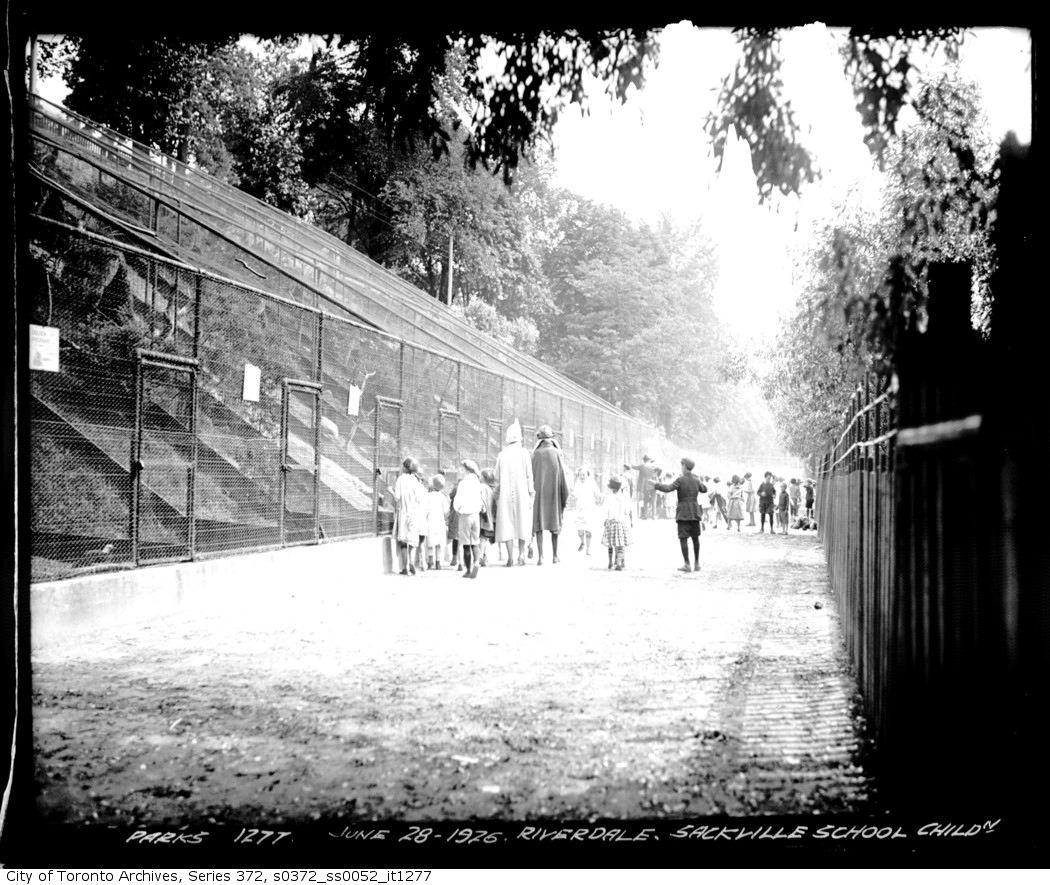 1926 - Riverdale Park Zoo — Sackville School children