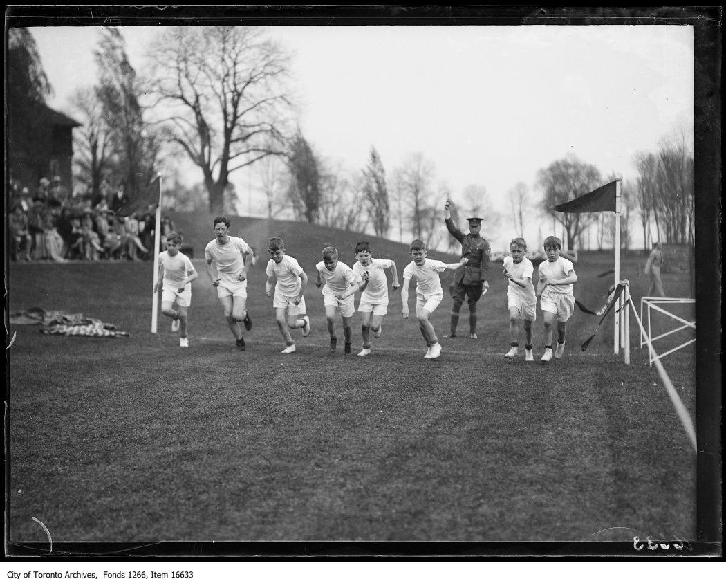 1929 - Appleby School games, start, junior 1/2 mile