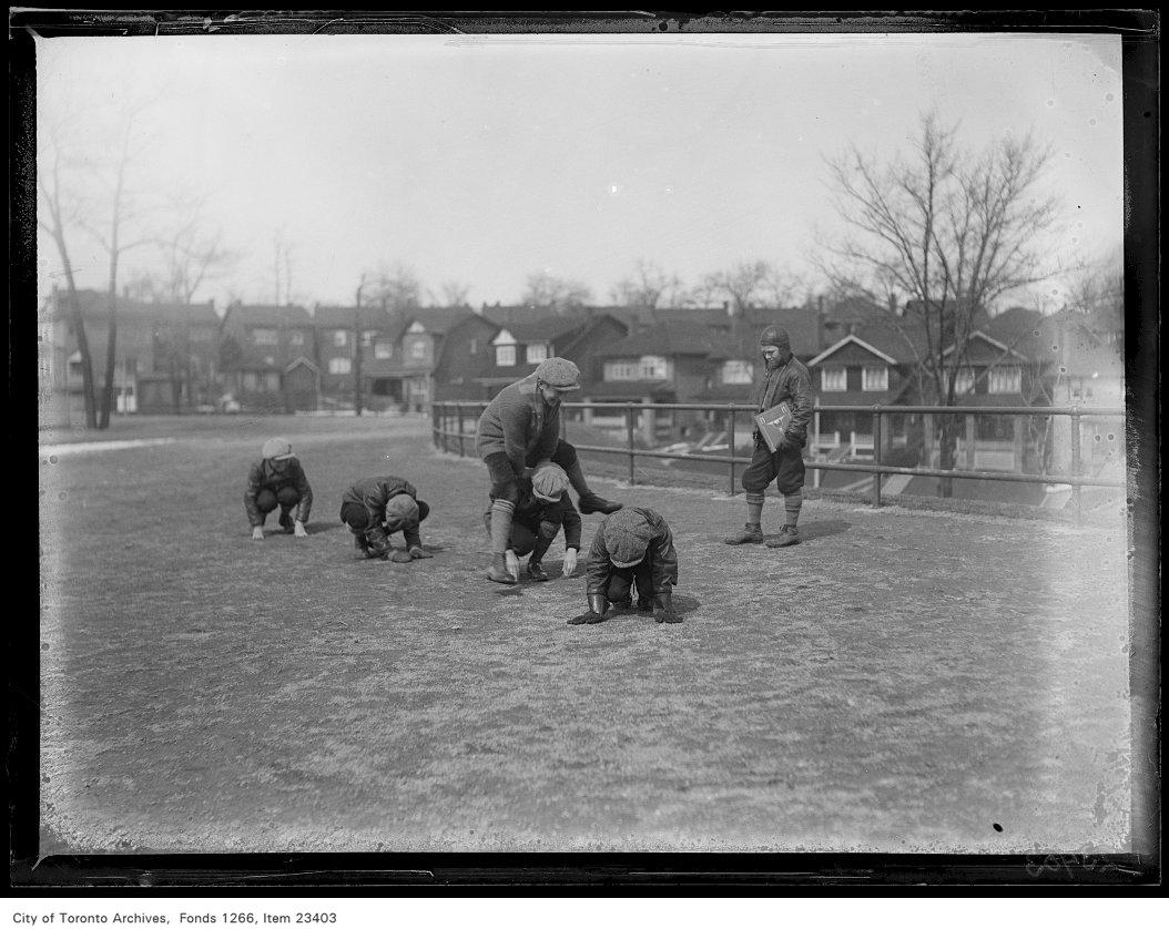 1931 - Runnymede School, boys playing leap-frog