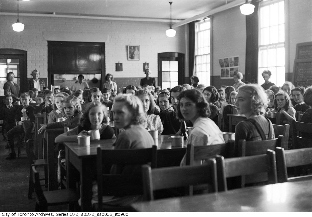 1942 - Wilkinson Open Air School. Classroom with seated children