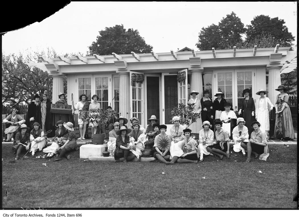 1920 - 1930 - Costume garden party