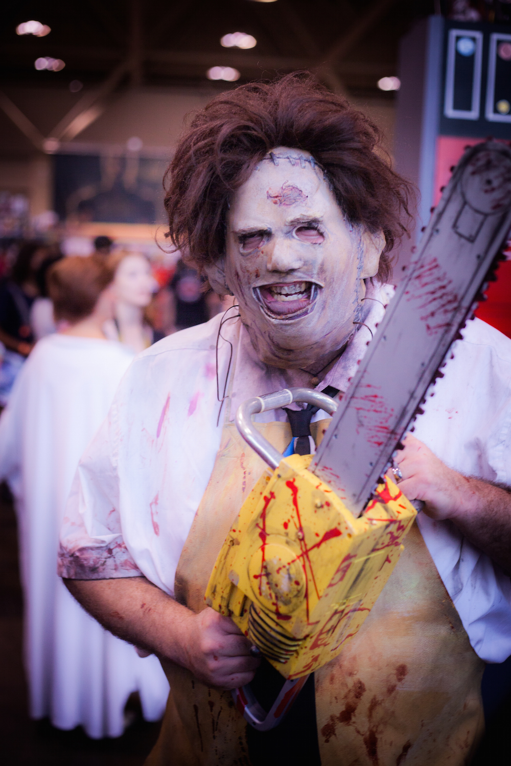 Leatherfce from Texas Chainsaw Massacre cosplay photographs