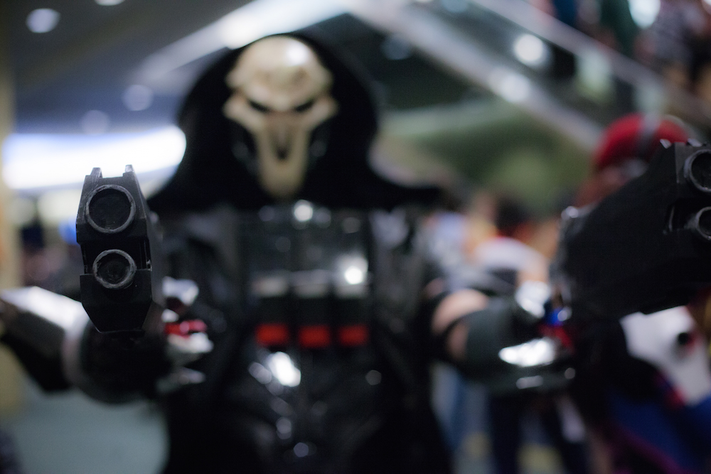 Reaper from Overwatch cosplay photographs