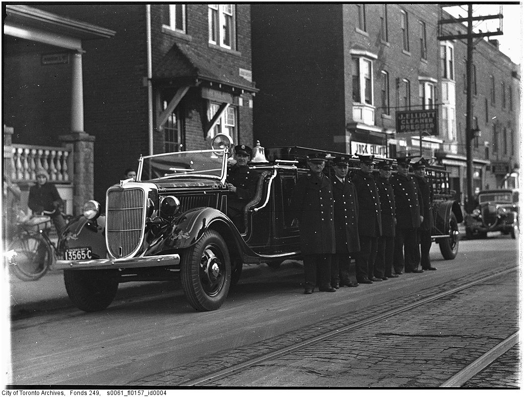 1927-1940 - City Service truck re Ford tractor re J.K. Lee' s suggestion to Chief Russell, Fire Station No. 14
