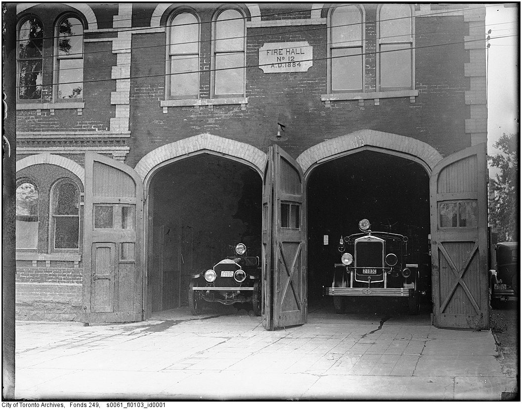 1927-1940 - Fire Hall No. 12, Bolton Avenue, on day of closing