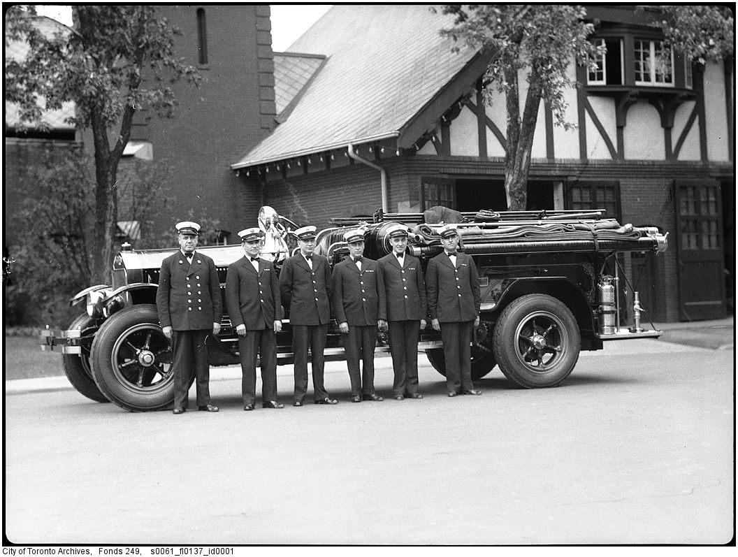 1927-1940 - Firetruck at CNE Firehall