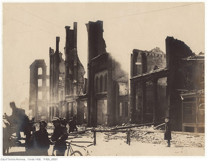 1904 - Aftermath of the 1904 fire: Bay Street looking south from Melinda Street