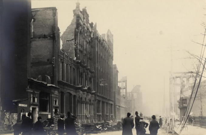 1904 - aftermath of fire, Wellington St. W., looking e. to Bay St.-r-1858
