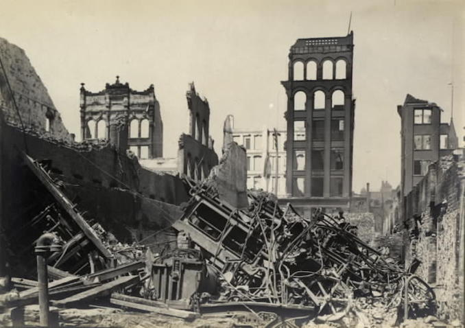 1904 - aftermath of fire, Wellington St. W., looking n. from s. of Wellington St., w. of Bay St