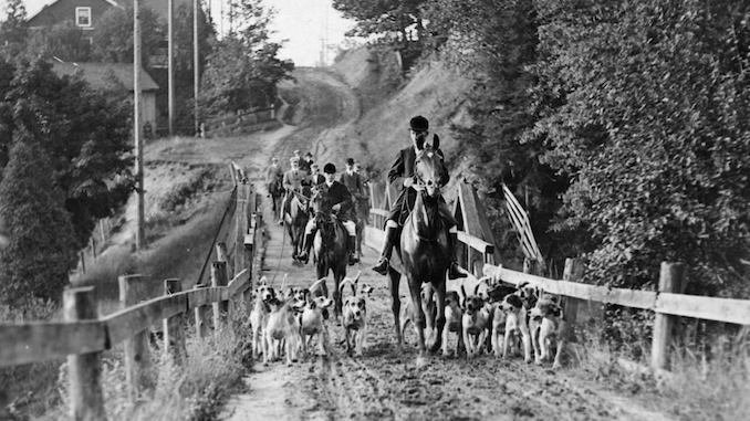 1907 - 1908 - Hunters and dogs on muddy Bathurst Street north of St. Clair Avenue West 2