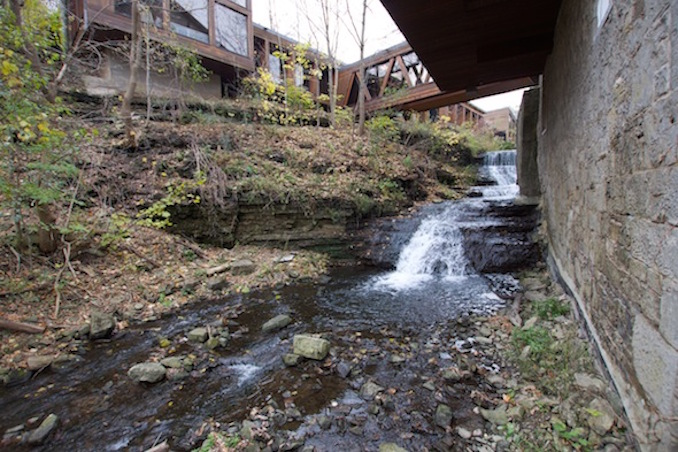Hamilton waterfalls ancaster mill