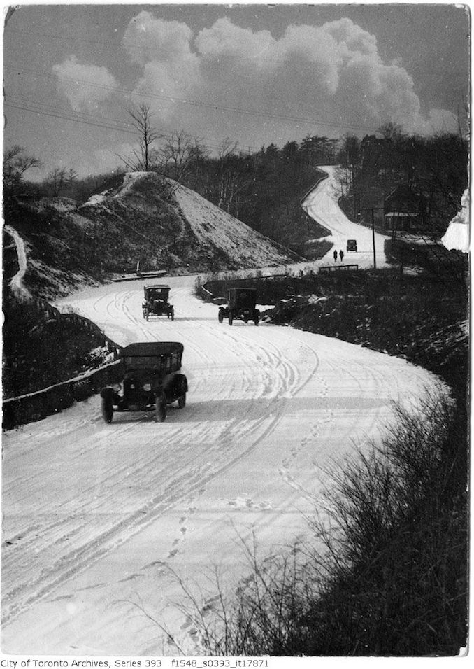 Humber Drive - autos on snow road - 1922