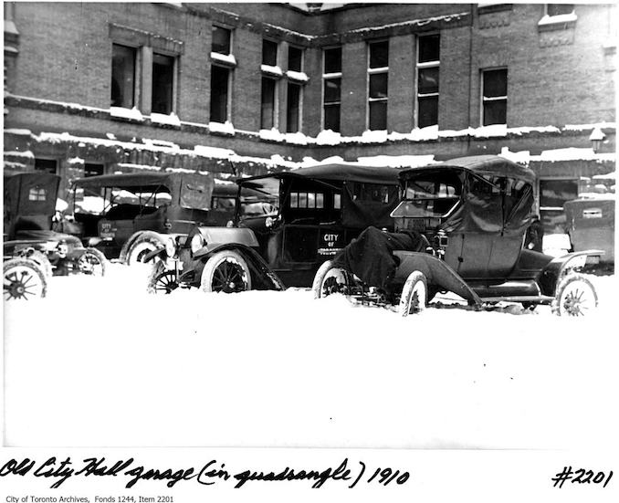 Toronto Winter Photographs Parking in Old City Hall quadrangle. - 1910