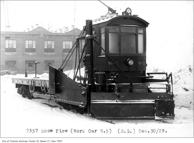 Snow plow, (work car W-5), (Rolling Stock Department) - Date: December 30, 1929