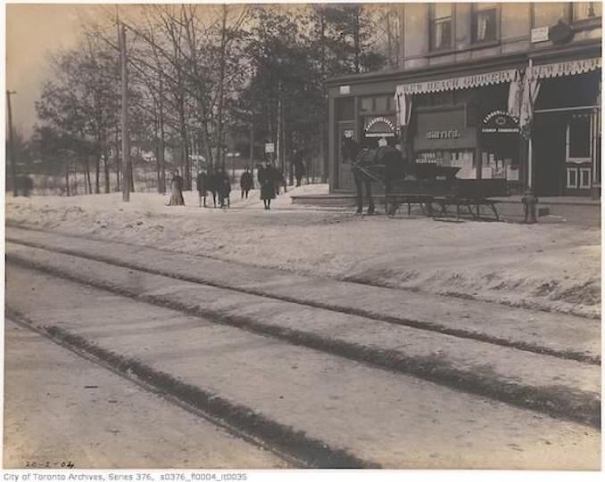 Toronto Winter PhotographsQueen Street west of Lee Avenue– February 20, 1904