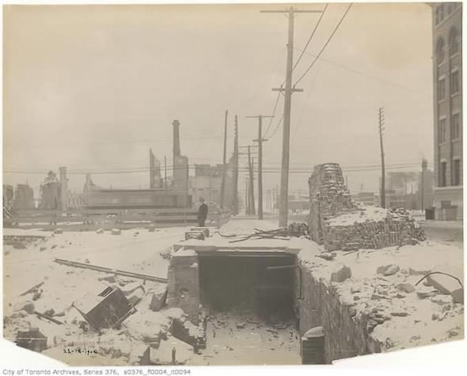 Toronto Winter Photographs Bay Street north of Front Street– December 22, 1904