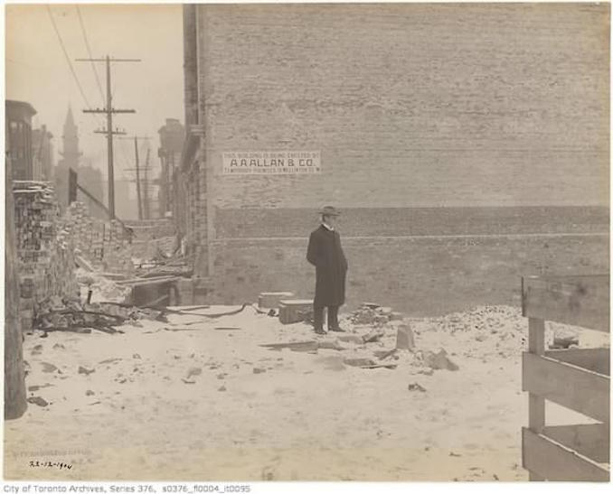 Toronto Winter Photographs - Bay Street east side north of Front Street