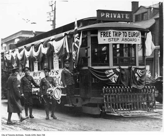 Recruiting streetcar 1915
