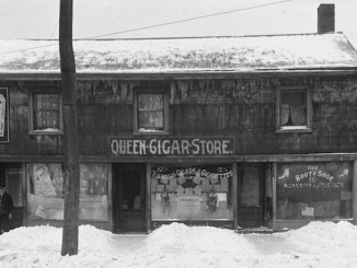 Historic Toronto Storefronts Old shops with living quarters above - 6,8,10 Elizabeth Street feb 12 1912