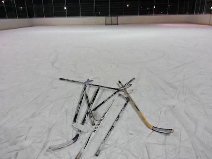 Shinny Hockey outdoor rinks
