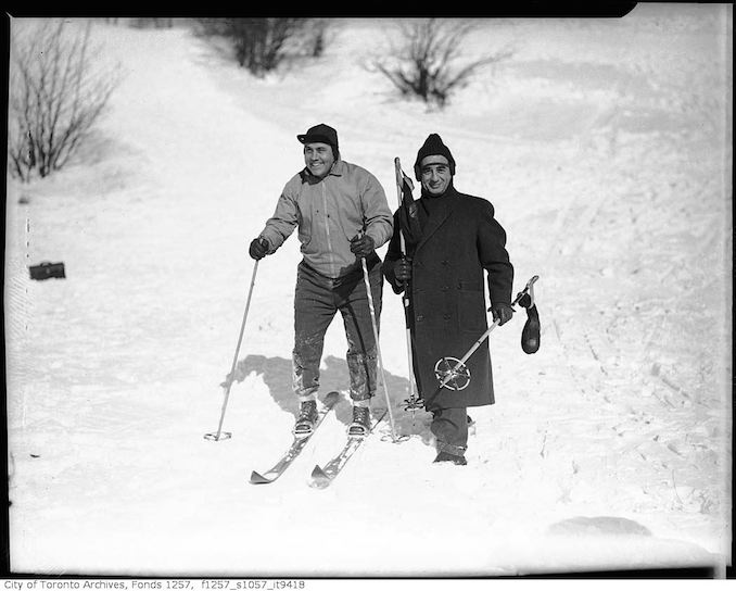 Lou and Nat Turofsky, skiing - 193-? - vintage skiing photographs