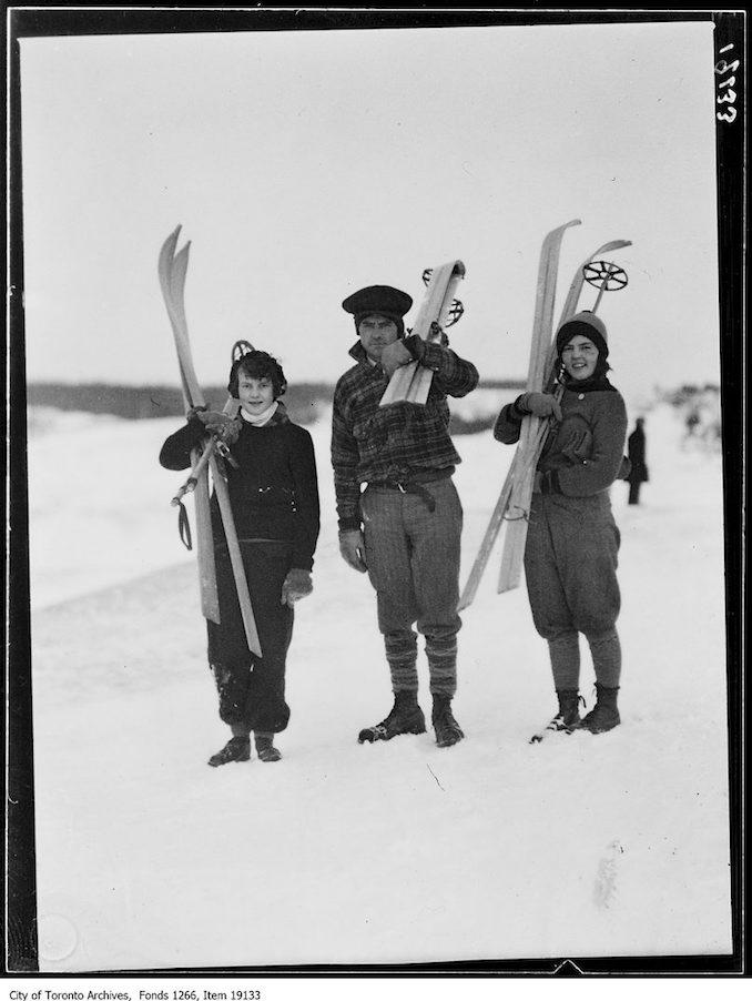 Toronto Ski Club, Lorraine Lennox, Gordon Lockhart, Edith Lockhart - vintage skiing photographs