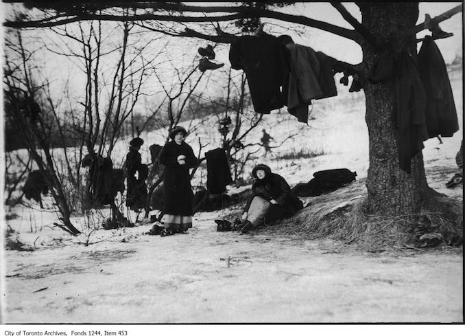 Women prepare to go skating on Grenadier Pond. - 1907