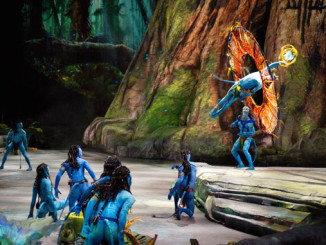 TORUK by Cirque du Soleil brings James Cameron's Avatar to Life