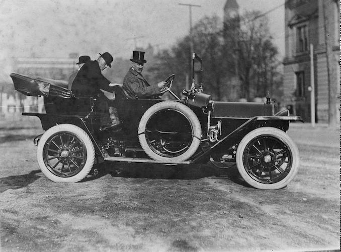 Aemilius Jarvis driving a car 1912
