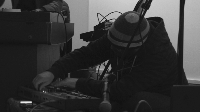 Brothers in Milk live at Endless City Gallery Inyrdisk