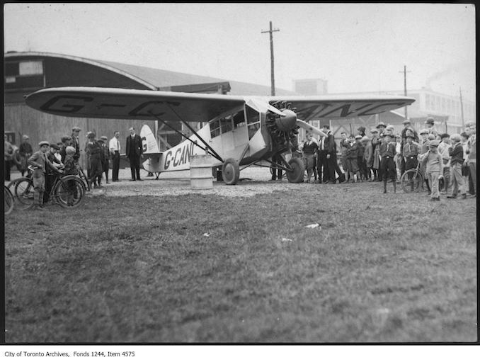 Fairchild FC-2 plane carrying first air mail from Leaside. - May 5, 1928