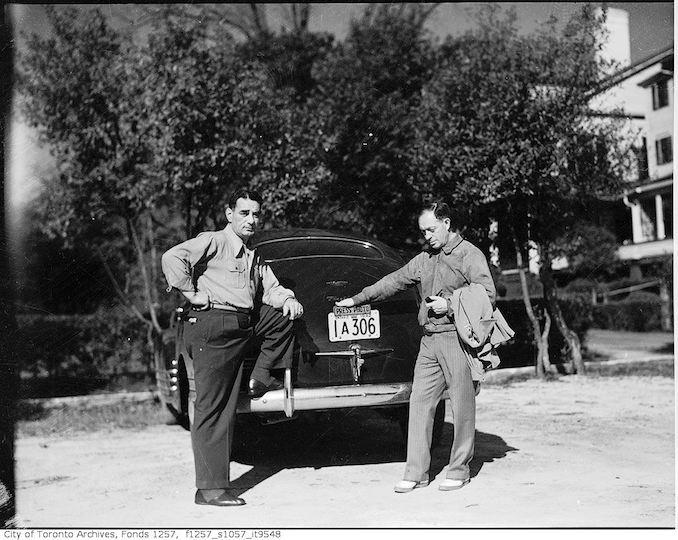 Nat Turofsky with automobile 1942