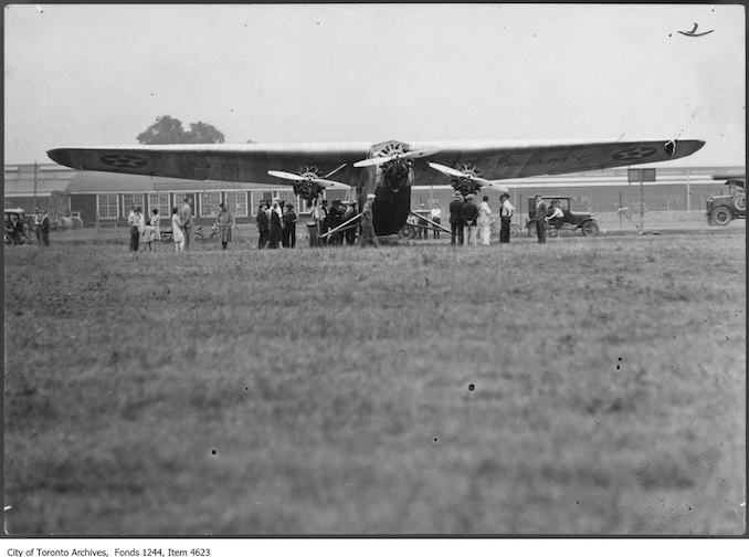 U.S. Army Ford tri-motor airplane, Leaside. - 1928