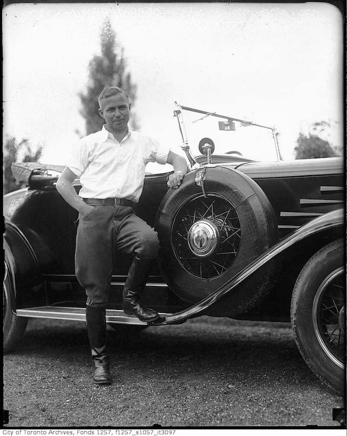 "William Albert ""Bill"" Harris by automobile 1931"