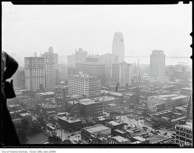 Canada Life Building, skyscraper view from 16th floor. [ca.1930]