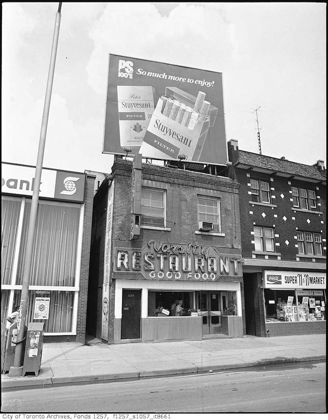 1976 - Varsity Restaurant, 328 Bloor Street West, north side, east of Spadina Road