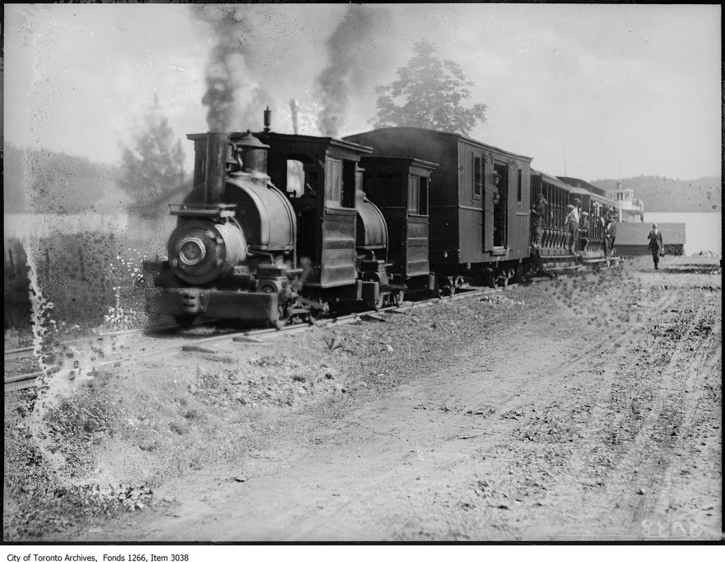 Bigwin Inn, postage railway train. - June 30, 1924 - vintage train photographs
