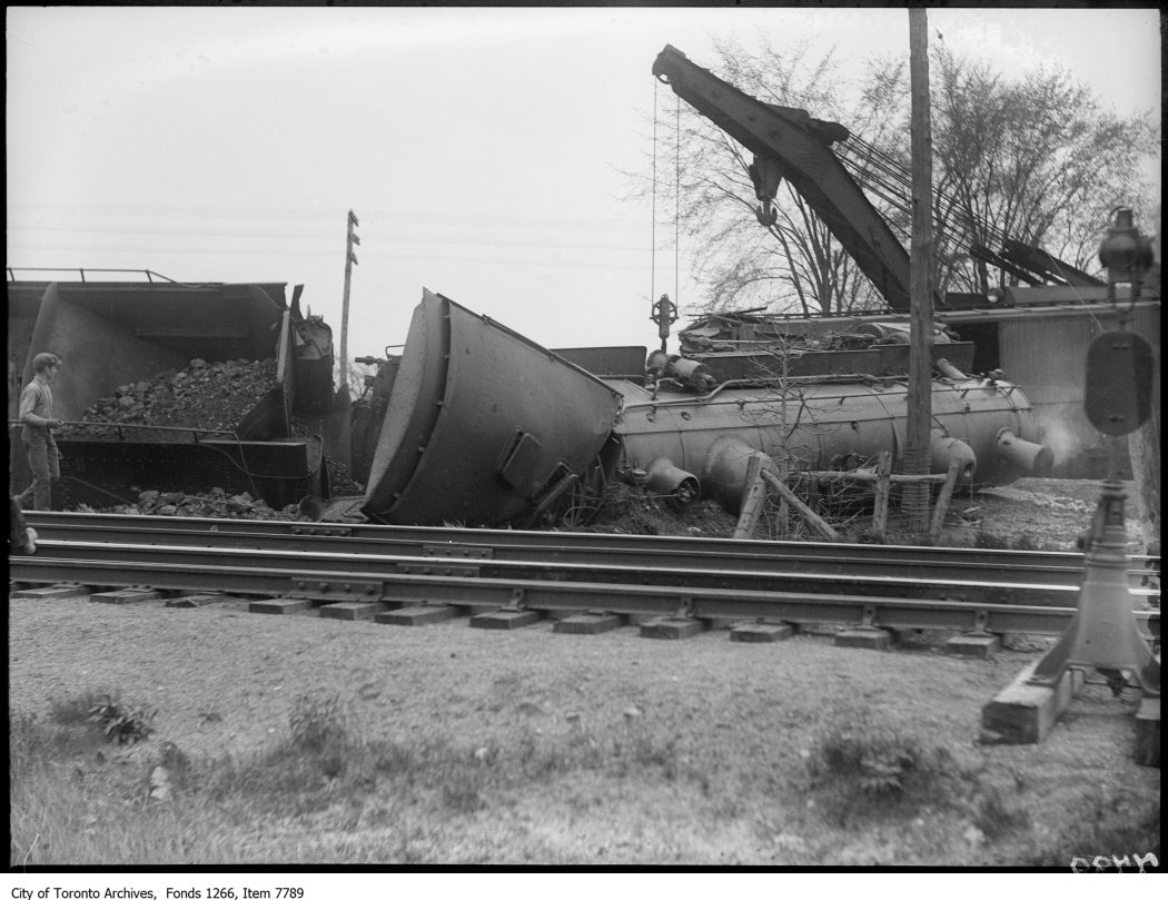 Grimsby, train wreck of Stony Creek. - May 21, 1926