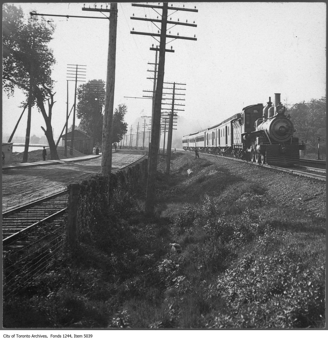 Sunnyside and train. - [ca. 1908]