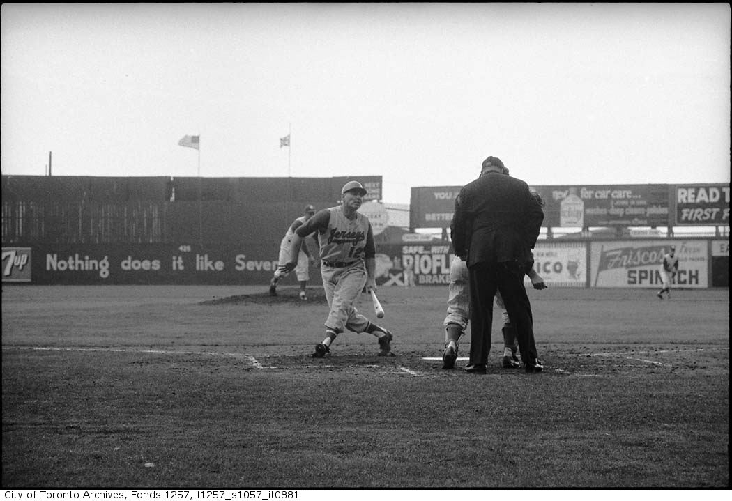 Toronto Maple Leafs (Baseball ) Season Opener may 3 1961 copy