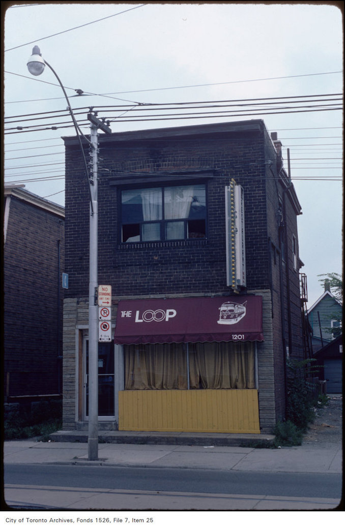 View of the Loop restaurant at 1201 Bathurst Street, across from Hillcrest - July 31, 1982