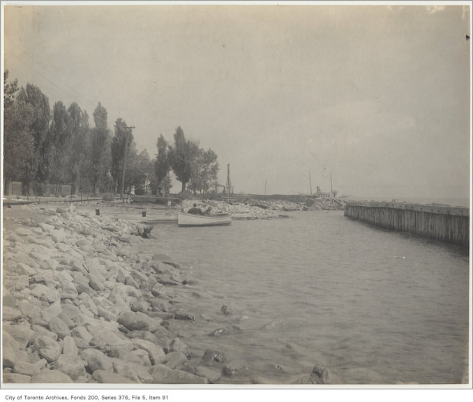 189? - Temporary crib work, Island shore - vintage boating photographs