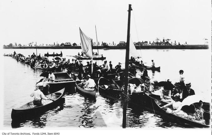 1891 - Canoeing at Toronto Island - vintage boating photographs